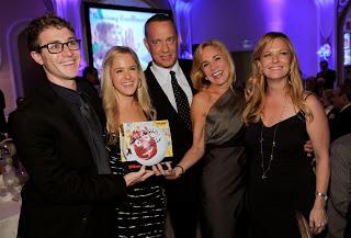 "CINEMA & VOLLEY Tom Hanks dona  ""Wilson"""