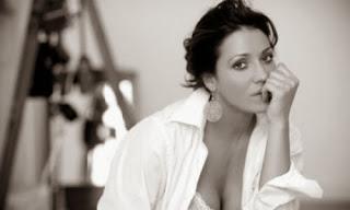 VOLLEY Sansonna, sensualità consapevole sotto rete