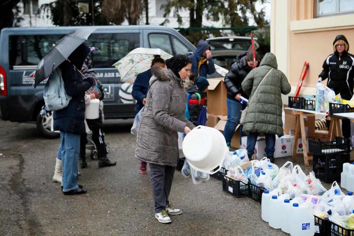 VOLLEY Dalla L•J Modena  materiale per le case degli alluvionati di Bastiglia