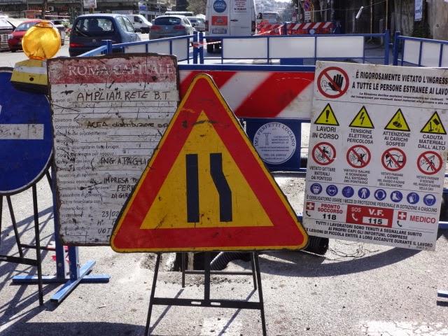 ROMA Scavi Acea aperti in via Trionfale ma non sempre si lavora…