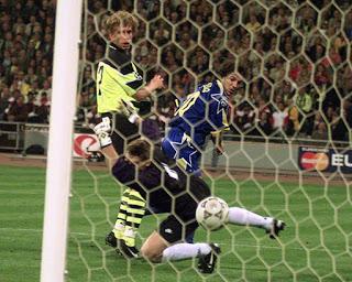 CALCIO 18 anni fa l'ultimo gol juventino in una finale di Champions: Del Piero