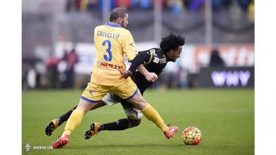CALCIO 24ª giornata Juventus, a Frosinone la 14ª vittoria (ma Chiellini va ko)