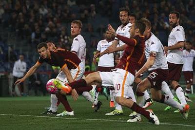 CALCIO E se Totti avesse smesso dopo la doppietta al Toro?
