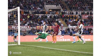 CALCIO Roma-Juventus 3-1