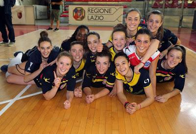 VOLLEY Il record di Volley Scuola: una finale derby con 12 ragazze Volleyrò