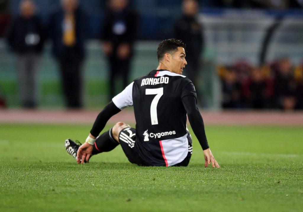 38c6ef98a CALCIO Juventus brutta maglia senza le strisce - VISTO DAL basso