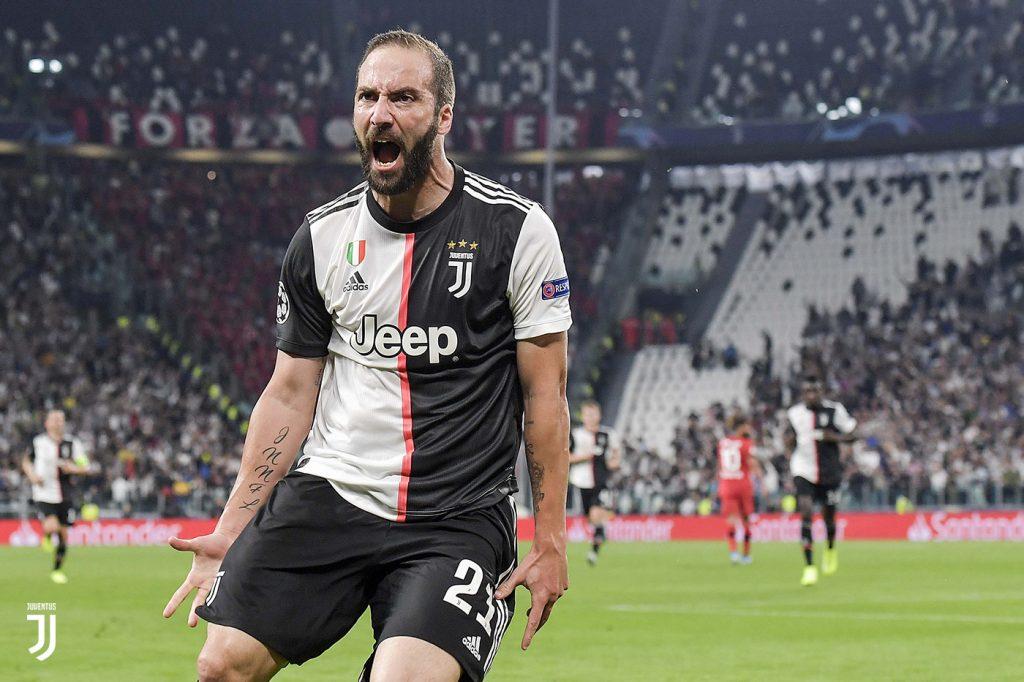 Juventus-Bayer Leverkusen 3-0, l'esultanza di Higuain