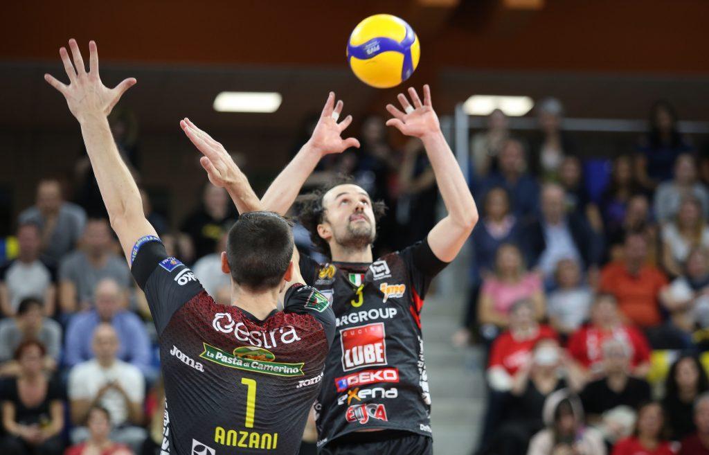 Stijn D'Hulst in palleggio, nella partita Powervolley Milano-Lube Civitanova