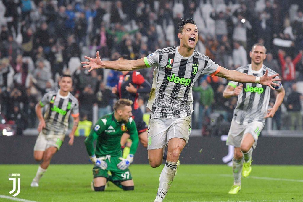 Ronaldo esulta: ha appena segnato il rigore del 2-1 in Juventus-Genoa FOTO Juventus.com