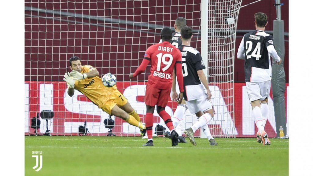 Bayer Leverkusen-Juventus 0-2. Dal Bernabeu a Leverkusen, Buffon di nuovo portiere della Juve in Champions Foto Juventus.com