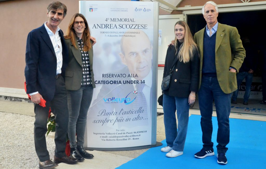 Armando Monini e Giovanni Malagò con Ludovica e Livia Scozzese, figlie di Andrea