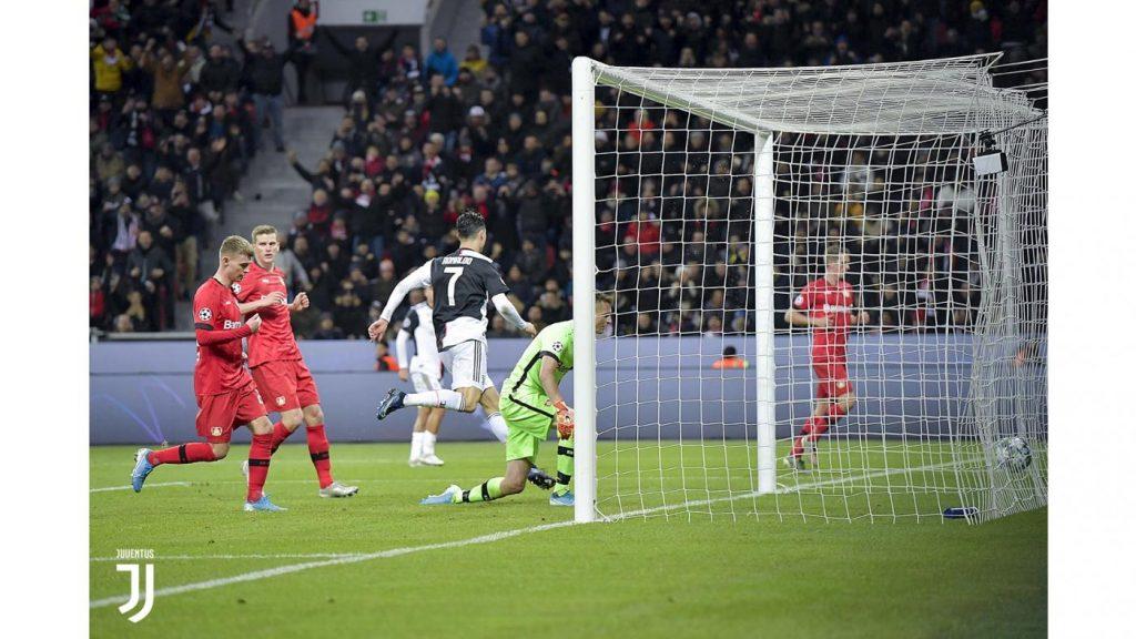 Bayer Leverkusen 0-2. L'1-0 di Ronaldo a Leverkusen. Foto Juventus.com