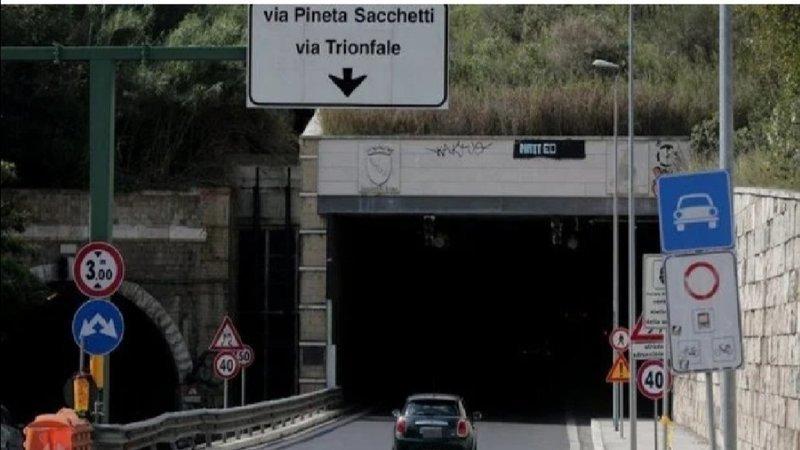 Galleria Giovanni XXIII, petizione rinvio chiusura