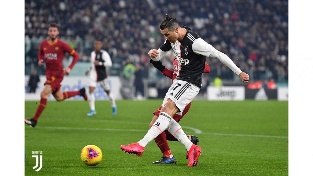 Cristiano Ronaldo segna l'1-0 della Juve sulla Roma in Coppa Italia FOTO Juventus.com