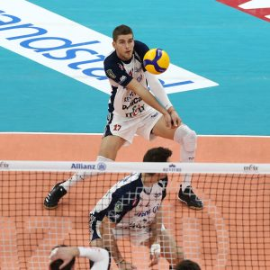 Clevenot tra volley e dance