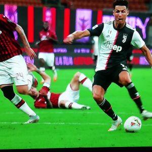 Milan-Juventus 4-2, sei minuti di follia biancoVARnera